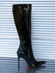 Cristiano Pompeo black patent knee boots 05
