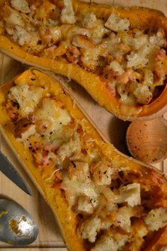 Butternut au four Healthy Crockpot Recipes, Healthy Dinner Recipes, Vegan Dinner Party, Football Food, Vegan Dinners, Relleno, Seafood Recipes, Food Porn, Brunch