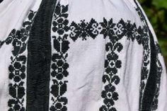 Folk Costume, Costumes, Folk Embroidery, Janome, Christmas Sweaters, Knitting, Projects, Model, Handmade