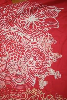 use a bleach pen to draw on t-shirts. -- Another idea: Use bleach pen and quilting stencils to draw designs on fabric .