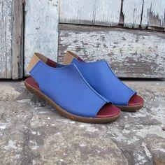Sandália Luare azul Comparsaria