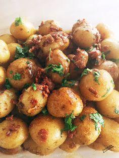 JustDelishos: Papitas Cambray con Salsa de Limón y Tocino Asian Recipes, Healthy Recipes, Ethnic Recipes, Healthy Meals, Potato Salad, Side Dishes, Bacon, Easy Meals, Diet