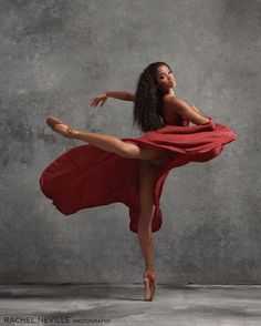 Ballet is a beautiful art - Fortnite about you searching for. Dance Photography Poses, Dance Poses, Black Dancers, Ballet Dancers, Bolshoi Ballet, Shall We Dance, Lets Dance, Dance Hip Hop, Dance Aesthetic
