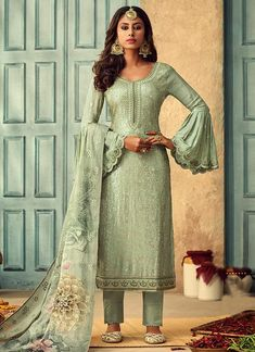 Buy Green Designer Pakistani Salwar Kameez In USA, UK, Canada, Australia, Newzeland online Pakistani Salwar Kameez, Indian Salwar Kameez, Salwar Suits, Fashion Pants, Fashion Outfits, Salwar Kameez Online Shopping, Green Fabric, How To Dye Fabric, Wedding Suits