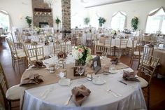 Burlap table runner and place settings