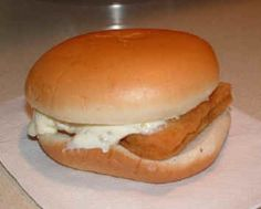 Filet-O-Fish Recipe - Restaurant. Filet-O-Fish from : A copycat of the Filet O fish sandwich found at the golden arches. Introduced by a franchise in Ohio to sell due to the Catholic practice of not eating meat on Fridays. Mcdonalds Recipes, Burger Recipes, Copycat Recipes, Fish Recipes, Seafood Recipes, Cooking Recipes, Chicken Recipes, Mayonnaise, Seafood