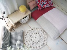 Set: Mini-Puppen-Möbel / Möbel Holz / von lespetitesmainsS
