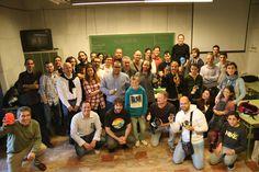 ARDUINO DAY 2015 - Foto de familia, un grupo que crece. Gracias Hacklab Almería!!