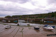 Barcos sin mar en Stonehaven, Escocia.