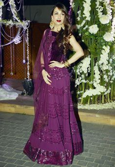 Malaika Arora Khan looked ravishing in a purple Manish Malhotra outfit at Manish's niece Riddhi's sangeet. #Bollywood #Fashion #Style #Beauty