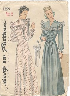 Simplicity 1359 1940s Misses Easy Princess Seam NEGLIGEE