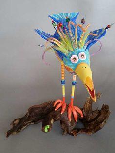 Burds of Paradise - Joyce Curvin Art Paper Mache Clay, Paper Mache Sculpture, Bird Crafts, Paper Crafts, Sculpture Techniques, Childrens Artwork, Fabric Bowls, Creative Box, Abstract Animals