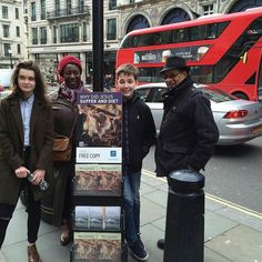 London UK. Thank you @adbow74  #jw #jwonly #jwfriends #jwfamily #jwpreaching #jwservice #jwpioneer #jwministry #jworg #jwglobal #jehovah #jehovahswitnesses #jeova #testemunhasdejeova #jehova #testigosdejehova #publicwitnessing #testemunhopublico #predicacionpublica #cartwitnessing