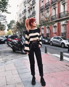 Edgy outfits, casual fall outfits, grunge outfits, grunge fashion, jean out Platform Sneakers Outfit, Black Sneakers Outfit, Sneakers Fashion Outfits, Shoes, Casual Fall Outfits, Edgy Outfits, Grunge Outfits, Cool Outfits, Alternative Outfits