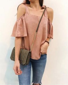 coral cold shoulder top, bow-tie cold shoulder, pink and olive outfit, date night outfit inspiration, feminine style, olive crossbody bag, casual style inspiration