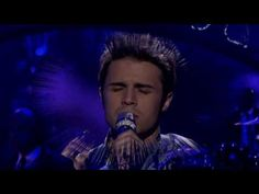 KRIS ALLEN SINGS FALLING SLOWLY