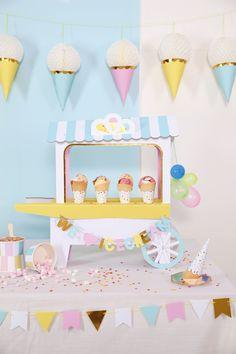 Une glace party. Thème original et coloré pour les fêtes d'enfants en été.