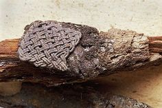 Viking age textile (and silver posament) fragment from Birka grave Norwegian Vikings, Viking Metal, Viking Garb, Viking Culture, Viking Clothing, Viking Life, Textiles, Textile Patterns, Archaeological Finds