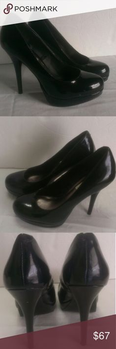 Steve Madden Patent Leather Platform Heels Size 6 These adorable heels are black patent leather platforms by Steve Madden. They are in great condition but the heels got caught in a grate and one of them looks like someone chewed it so they need some TLC.  They still have quite a bit of life left so I don't have the heart to see them go to a landfill. They are a great deal for someone who doesn't mind the heel damage.  My home is smoke free and pet free.  Pick out some more items from my…