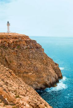 Faro de Cap de Barbaria (Formentera) Ibiza, Some Beautiful Pictures, Happy Summer, Lighthouse, Places To Go, Relax, The Incredibles, Island, World