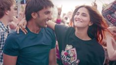 Nashe Si Chadh Gayi song Video from Befikre movie by Arijit Singh