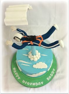 Skydiver Cake Happy Birthday, Birthday Cakes, Let Them Eat Cake, How To Make Cake, Amazing Cakes, Icing, Cupcakes, Skydiving, Kid Stuff