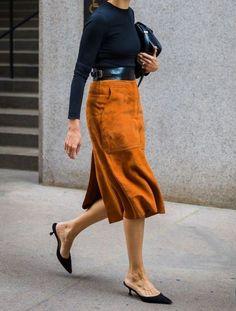 New York SS 2018 Street Style: Melissa Ventosa Martin - 穿衣 - Saias Look Street Style, Street Style Trends, Street Chic, Fashion Mode, Work Fashion, Fashion Outfits, Womens Fashion, Fashion Trends, Fashion 2018