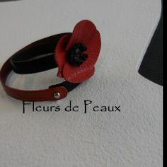 Bracelet deux tours cuir fleur coquelicot cuir : Bracelet par fleursdepeaux