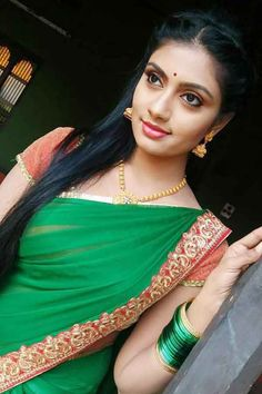 Anjana Srinivas, better known by her stage name Nakshatra Srinivas, is a Indian movie and TV actress who mainly appears in Kannada, Telugu and Tamil series. Beautiful Girl Photo, Beautiful Girl Indian, Most Beautiful Indian Actress, Beautiful Saree, Beautiful Women, Wonderful Picture, Beautiful Models, Simply Beautiful, Indian Natural Beauty