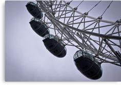 """""""London Eye"""" Canvas Print #decoration #home #london #prints  Size: 43,1cm x 30,5 cm Price: €74,88"""