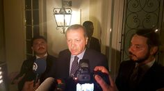 Präsident ruft Volk auf, sich zu versammeln: Erdogan wehrt sich gegen Putschversuch des Militärs