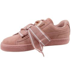 The Suede Heart Reset is a unique take on the famous PUMA