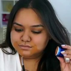 There's something confusing about the way @nabelanoor applied her base: foundation etc. . Very flawless but i wish i understood what just happened . . #teeka4 #teeka4beautyvideos  #beautywithteeka4