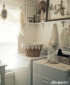 So beautiful - I'd love to do laundry if my room looked like this!