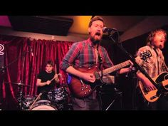 The Features - New Romantic | a Shiner Session in the Do512 Lounge - YouTube