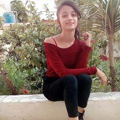 Beautiful Blonde Girl, Beautiful Girl Photo, Beautiful Girl Indian, Most Beautiful Indian Actress, Dehati Girl Photo, Girl Photo Poses, Teenage Girl Photography, Girl Photography Poses, Stylish Girls Photos