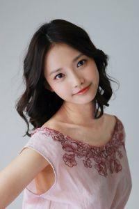 Ha Yeon-soo (하연수, Korean actress)