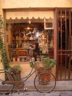 Jolie boutique à St Rémi de Provence