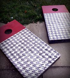 Bama, Balancing the Dream: Painting A Houndstooth Pattern. Southern Sorority Girls, Hobbies And Crafts, Arts And Crafts, Wedding Cornhole Boards, Picnic Blanket, Outdoor Blanket, Diy Games, Alabama Crimson Tide, Roll Tide