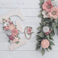 Handcrafted felt flower nursery decor by thegreyrose Gold Nursery Decor, Nursery Monogram, Nursery Letters, Diy Letters, Nursery Room, Baby Crafts, Felt Crafts, Name Decorations, Letter Wall Decor