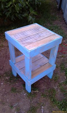 Recycling Pallet Wood - Tall Table No 4