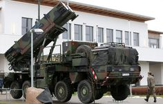 США готовы ударить по Ирану и заявляют о неэффективности российских С-300 | Если спецназ (десантура, морпехи) наденет свой берет - НАТО будет пи-пи--!