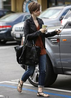 Lily Collins Is Perfectly Cute in Her Pixie Haircut   Buy ➜ http://shoespost.com/lily-collins-pearl-thong-sandals-street-style/