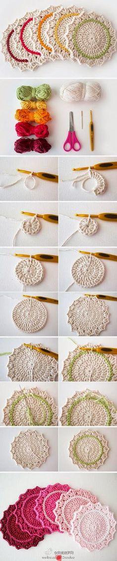 """Oi kiridezas!!!  E para quem é adepta do: """"faça você mesma"""" aqui está um tutorial em fotos fácil e super útil: porta copos de crochê!!!  Um ..."""