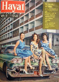 OĞUZ TOPOĞLU : tarabya oteli önünde üç güzel 1959 hayat dergisi