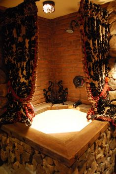 Cosy curtains around a spa? This would work much better with an IXL Tastic to keep the curtains and roof of the bathroom ventilated and healthy. Guest Bathrooms, Dream Bathrooms, Beautiful Bathrooms, Corner Soaking Tub, Corner Tub, Target Home Decor, Castle House, Gothic House, Diy Interior