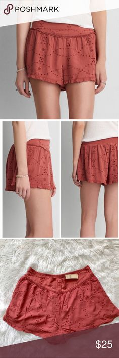 AMERICAN EAGLE OUTFITTERS RED EYELET LACE SHORTS So fun and flirty! Rusty red lace shorts with a back stretchy panel, relaxed fit. Fully lined, viscose and polyester blend. Perfect for spring and Easter! Great to wear with floral tanks, lace tops and lace up sandals! Size XL new with tags American Eagle Outfitters Shorts