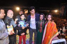 Shahrukh Khan, Siddharth Malhotra at Dahi Handi celebrations   PINKVILLA