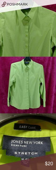 614d71c373815f Jones New York EZ care stretch Celery green XL JNY Signature stretch celery  green with same color buttons. Size XL Jones New York Tops Blouses