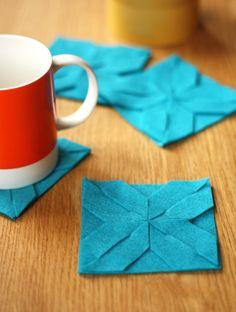 Modular felt coasters. No glue, no sewing. Free template from Jessica Jones.